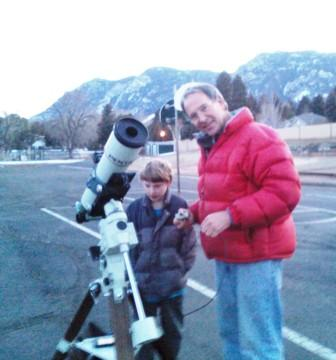 CSAS Member Rick sets up his telescope